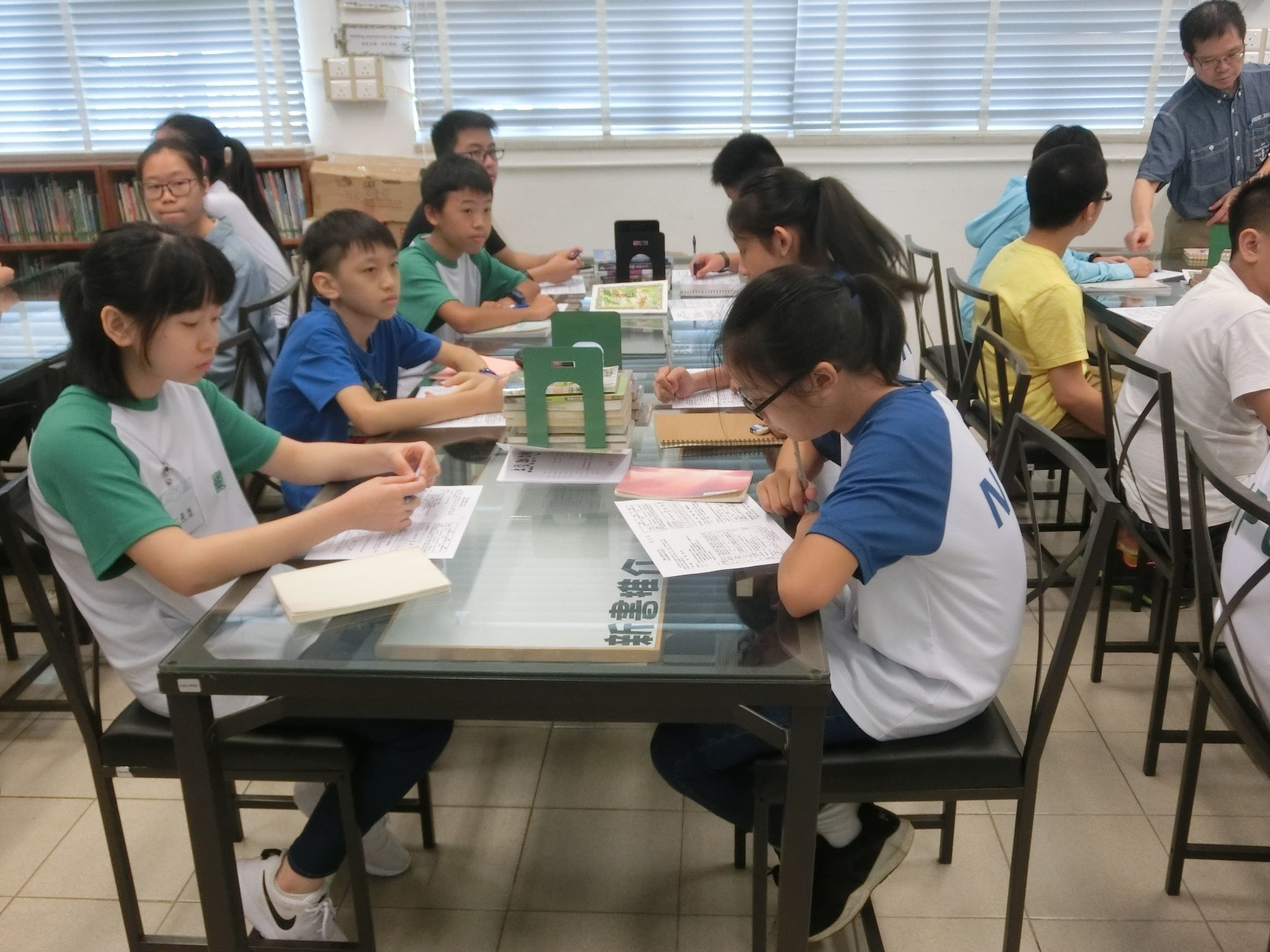 http://npc.edu.hk/sites/default/files/1c_kai_qi_zhi_shi_bao_ku_05.jpg