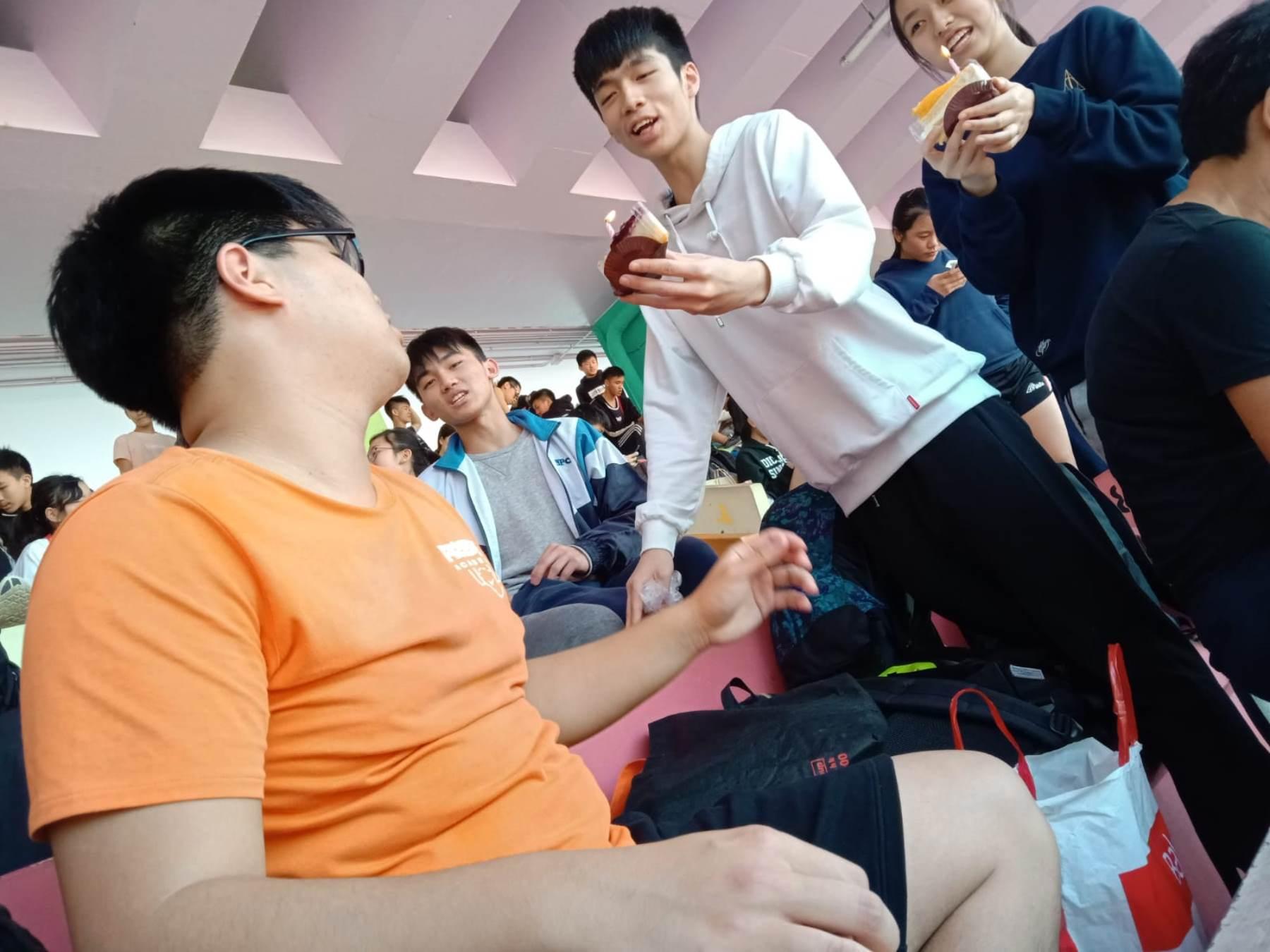 http://npc.edu.hk/sites/default/files/7c5e1955-2413-4450-9737-06f7185e9142.jpg
