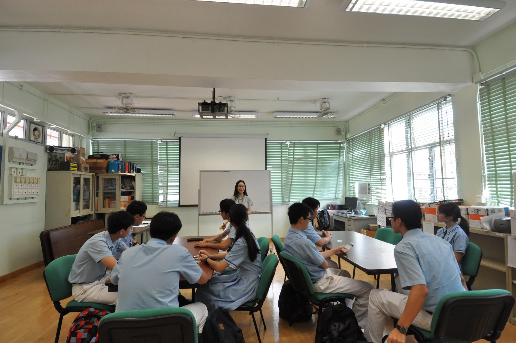 http://npc.edu.hk/sites/default/files/dsc_0004.jpg