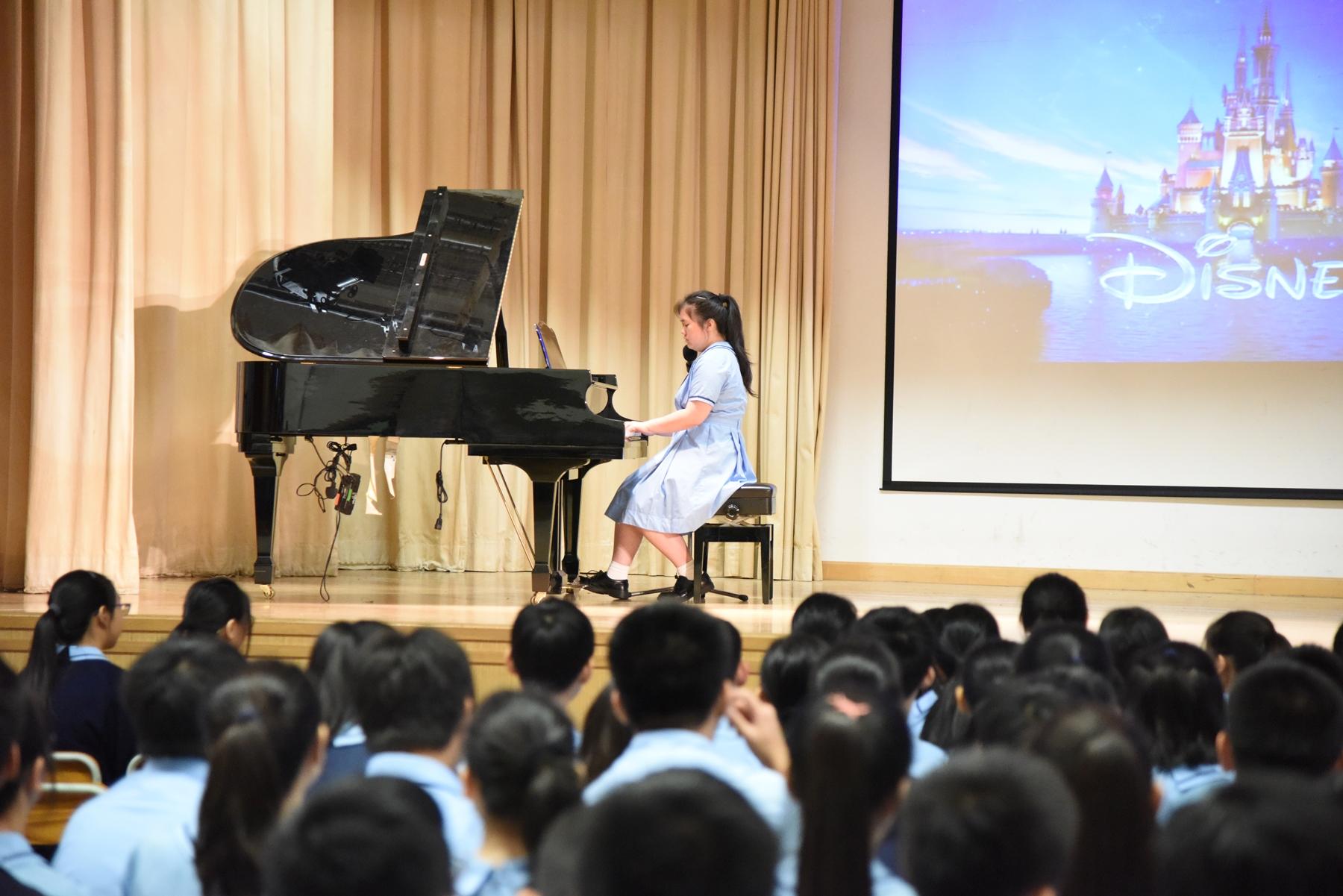 http://npc.edu.hk/sites/default/files/dsc_0186_1.jpg