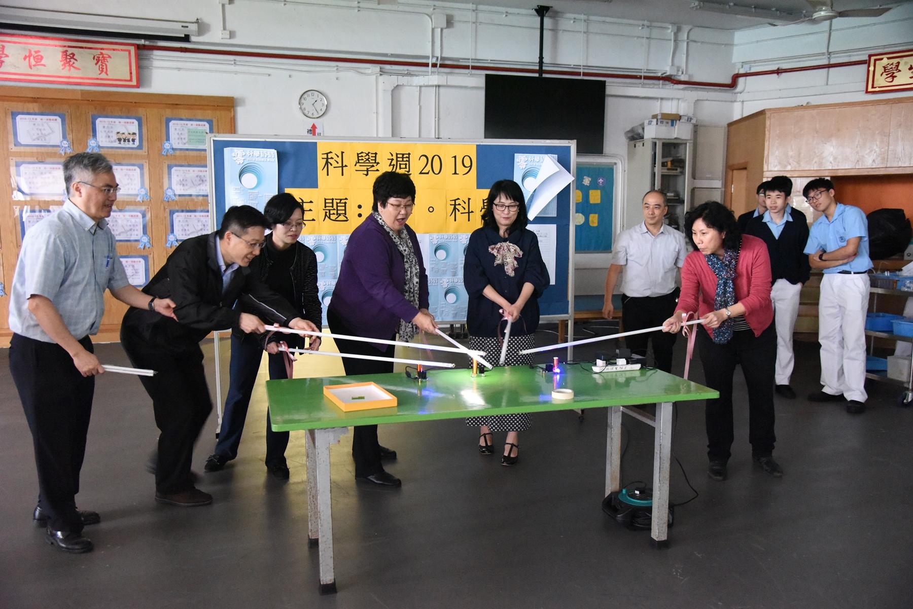 http://npc.edu.hk/sites/default/files/dsc_9371.jpg