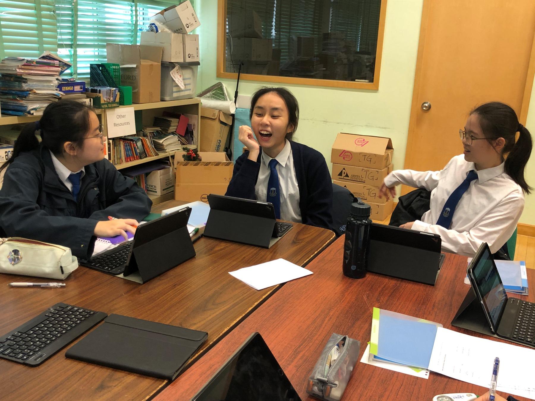 http://npc.edu.hk/sites/default/files/img_3035.jpg