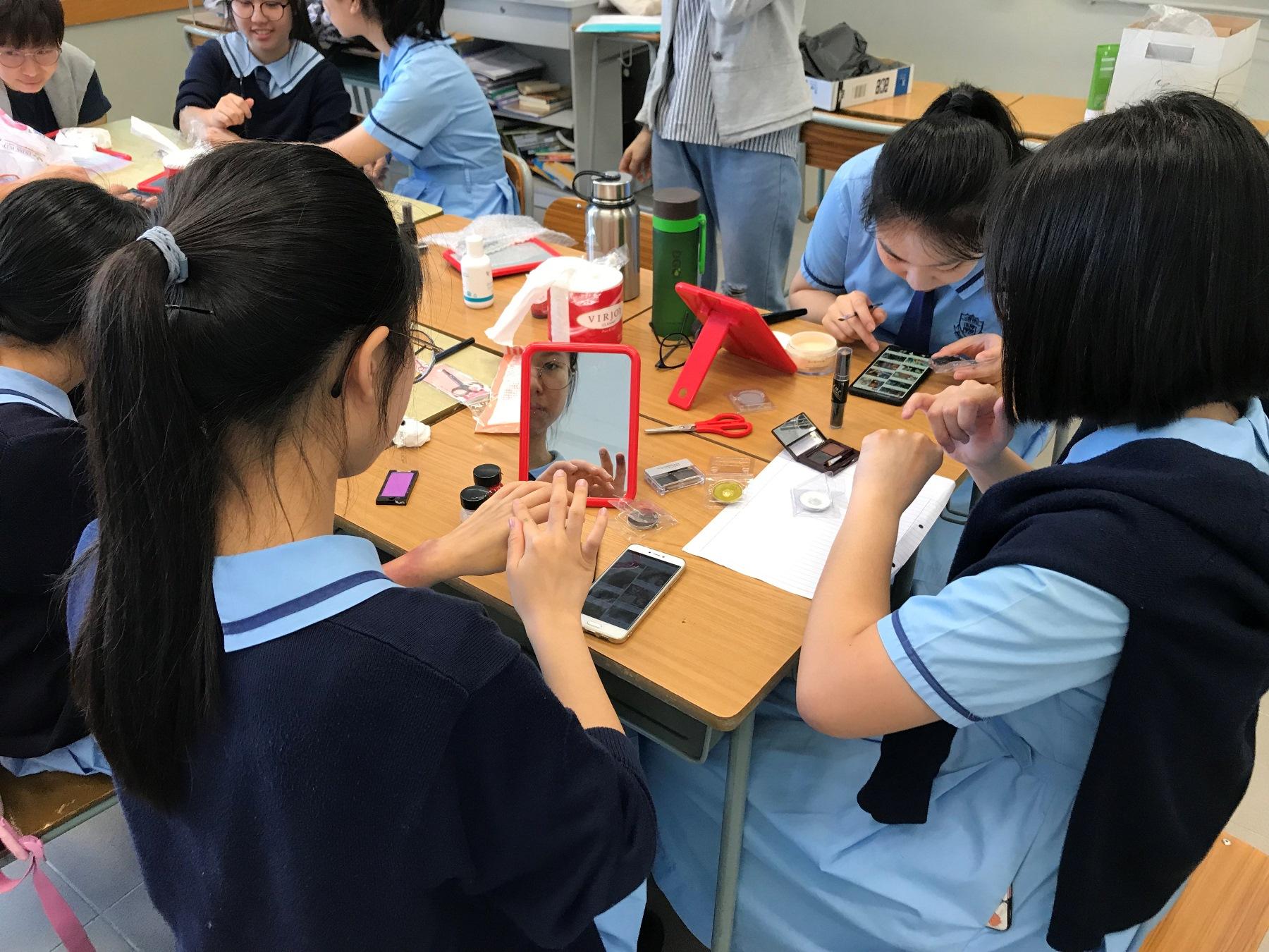 http://npc.edu.hk/sites/default/files/img_3837.jpg