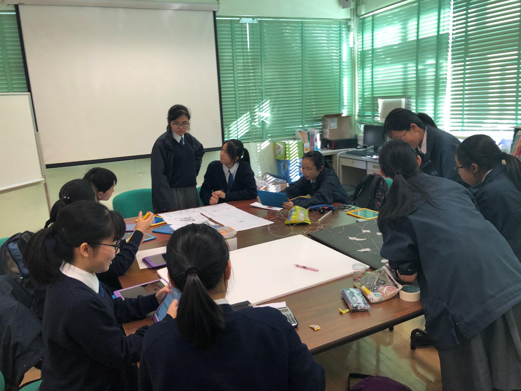 http://npc.edu.hk/sites/default/files/img_6054.jpg