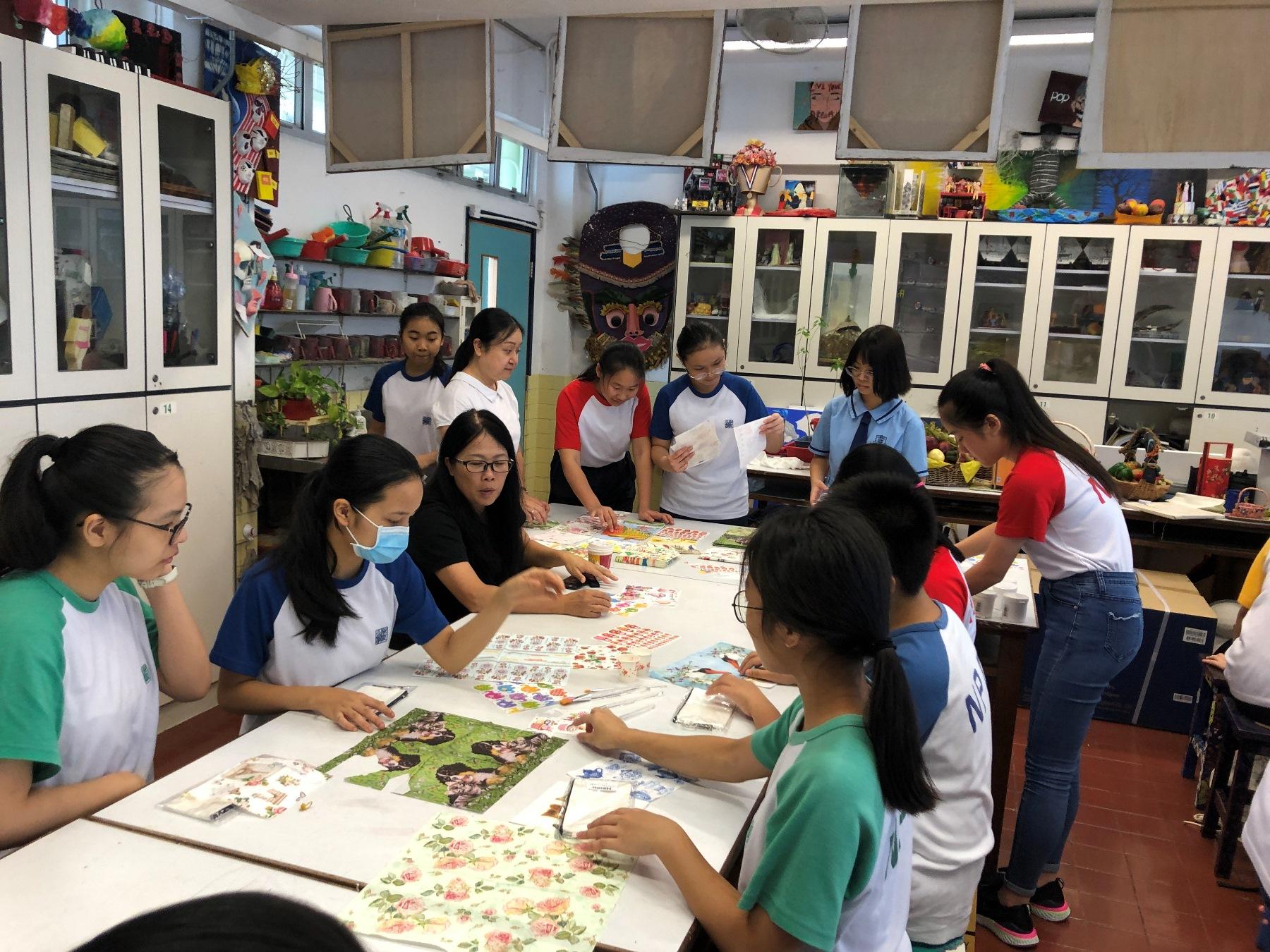 http://npc.edu.hk/sites/default/files/img_6960_1.jpg
